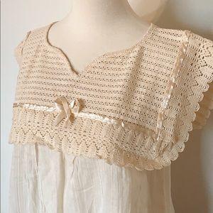 VINTAGE Victorian ivory gauze crochet ribbon top